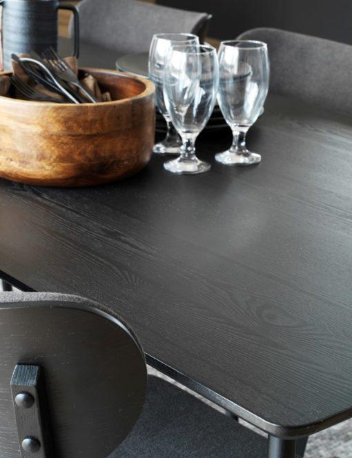 Yumi matbord svart